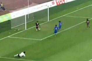 Футбольний промах 2010 року (відео)