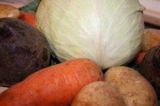 Налоговый кодекс Азарова резко поднимет цены на картофель и капусту