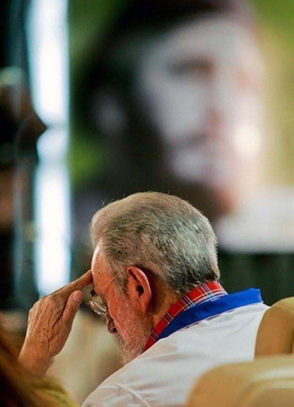 Фидель Кастро процитировал студентам свое выступление 5-летней давности