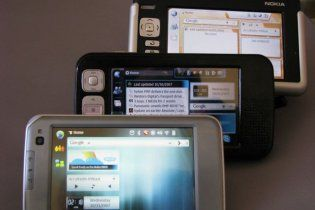 "Nokia признала, что смартфон N8 ""глючит"""