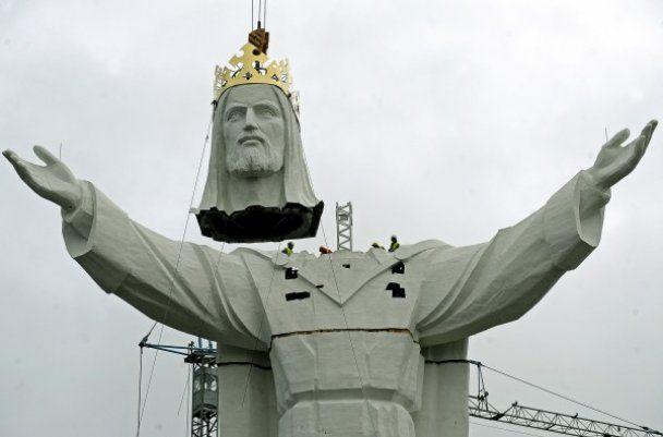 У Польщі побудували найвищу у світі статую Ісуса Христа