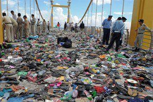 Причиной трагедии с пробками в Камбодже стал раскачивавшийся мост