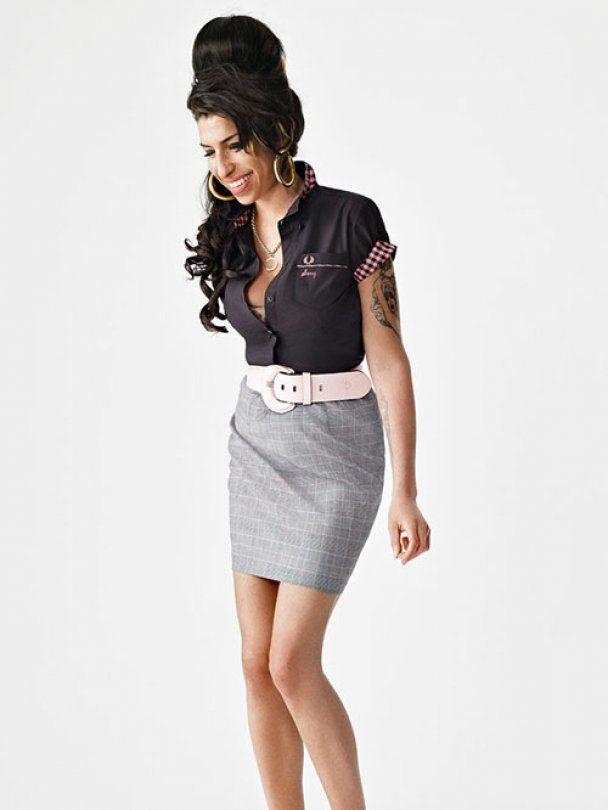 Эми Уайнхаус рекламирует одежду 50-х годов