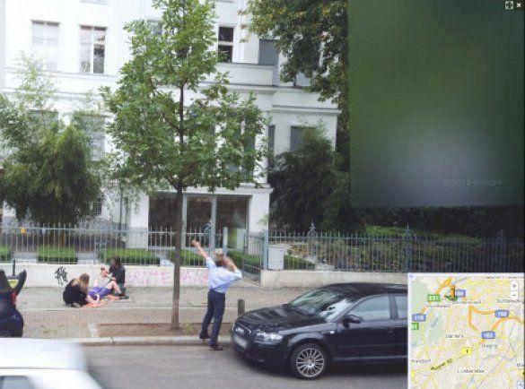 Google Street View засняла народження дитини_3