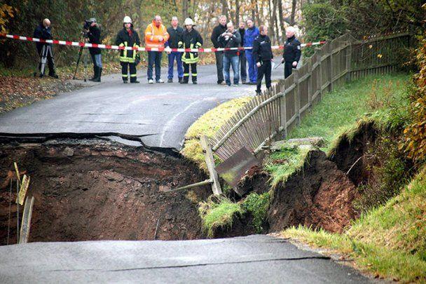 В немецком городке дороги провалились под землю