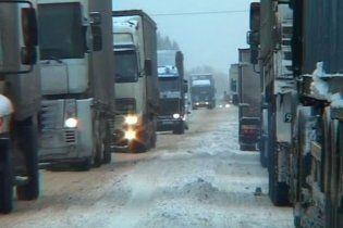 Комунальники Києва запевнили, що сніг їх не лякає