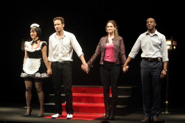 Девід Духовни дебютував в театрі