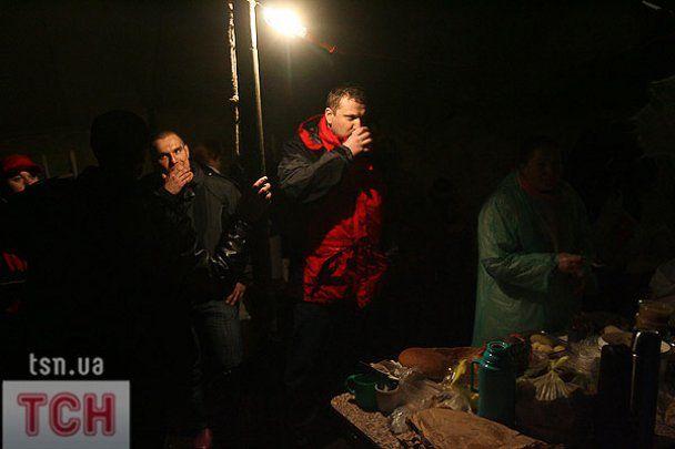 Из жизни палаточного городка на Майдане в Киеве