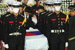 Південна Корея поховала загиблих і пообіцяла КНДР помсту в стократному розмірі