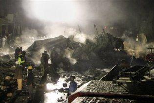 У Пакистані розбився літак з українцями