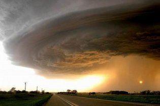 В результате торнадо в США сотни людей остались без крова
