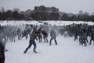 В Германии игра в снежки превратилась в драку полутысячи человек