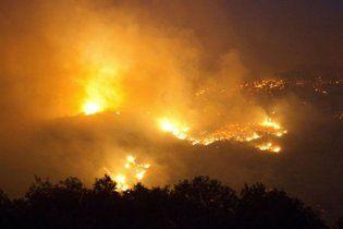 Масштабна пожежа у Китаї: згоріло 613 житлових будинків