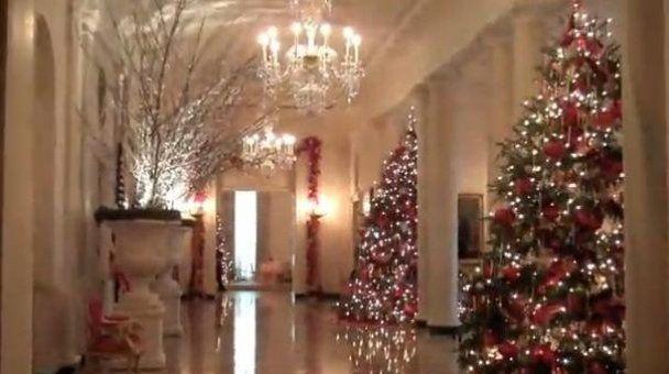 Для Обами у Білому домі запалили 19 ялинок