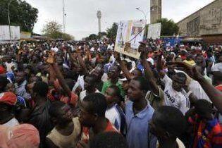 Кот-д'Івуар закрив кордони через можливі заворушення