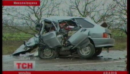 Три людини загинули, чотири постраждали у двох ДТП на Миколаївщині