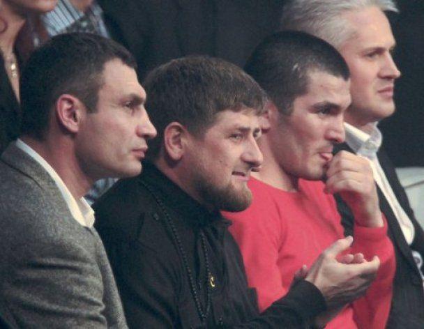 Рамзан Кадиров у Києві дві години сидів у ресторані та їв вареники