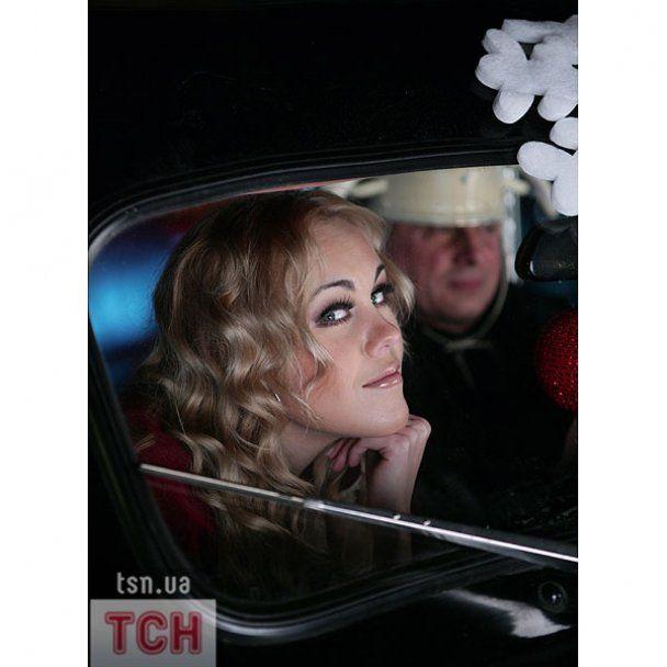 Alyosha покаталась із Аль Пачіно на BMW 30-х років