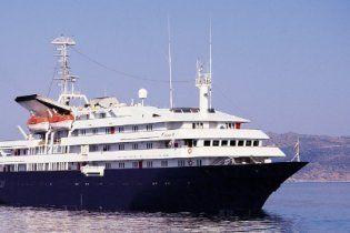 Круїзний лайнер з українцями, який потрапив у шторм, дістався до Аргентини