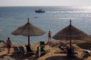 """Футболісти """"Шахтаря"""" на відпочинку: одні в Таїланд, інші до акул"""
