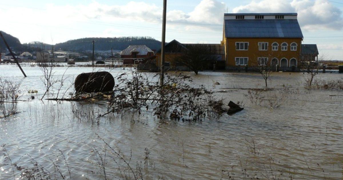 Сьогодні ввечері у прикарпатських ріках знову підніметься рівень води