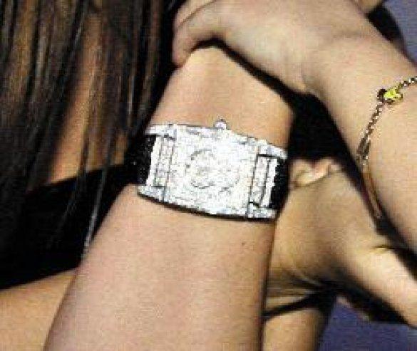 Ліза Ющенко із годинником з діамантів_2