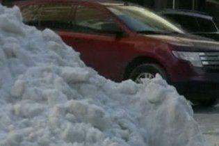 Жертвами снежных бурь в США стали 16 человек