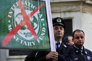 Грецькі аеропорти приєднались до страйку і поскасовували рейси
