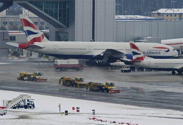 Європейські аеропорти до кінця дня планують відновити роботу