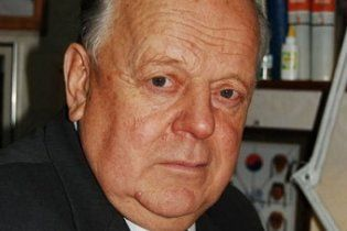 В Беларуси экс-руководителя страны Шушкевича задержали пограничники
