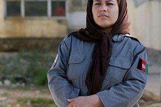 В Афганистане женщинам разрешили служить в полиции