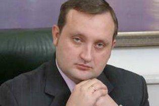 ЗМІ: голова НБУ фінансує партію Ющенка