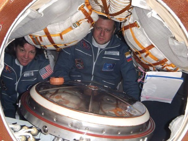 Российский космонавт выложил в блоге фотографии путешествия на МКС