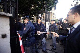 Відповідальність за вибухи в посольствах в Римі несуть анархісти