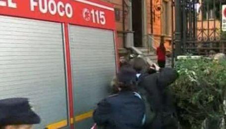 В украинском посольстве в Риме искали бомбу