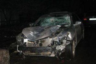 На Луганщині Honda на смерть збила трьох пішоходів