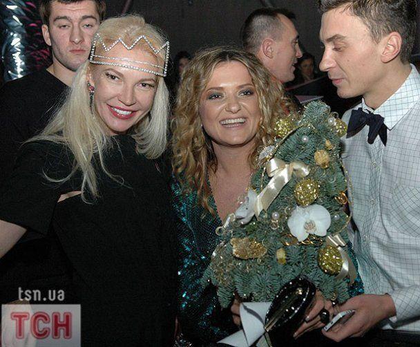 Могилевская и звезды уже встретили Новый 2011 год
