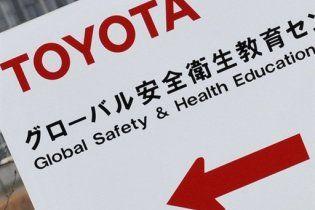 Toyota останавливает все свои заводы в США