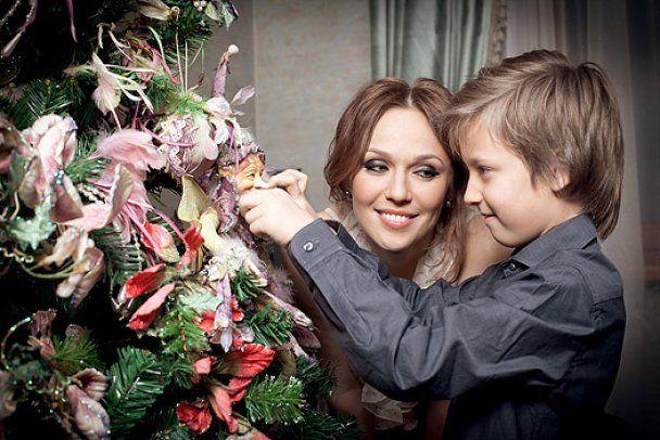 """Альбина из """"ВИА Гры"""" поступила в университет"""