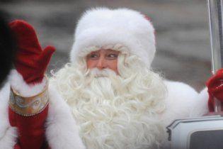 Главного Деда Мороза России оштрафовали за нарушение пожарной безопасности