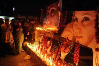 Екс-президента Пакистану звинувачують у вбивстві Беназір Бхутто