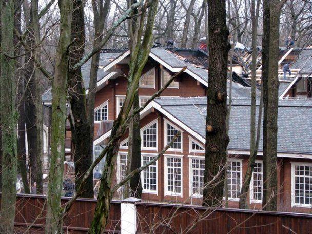 На Харківщині горів маєток Добкіна