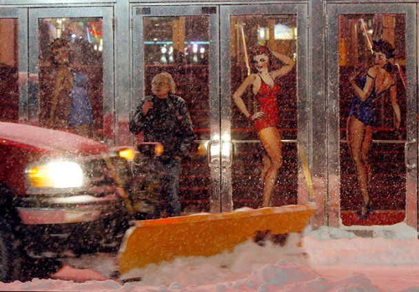 США зазнали збитків в 100 млн доларів через снігові бурі