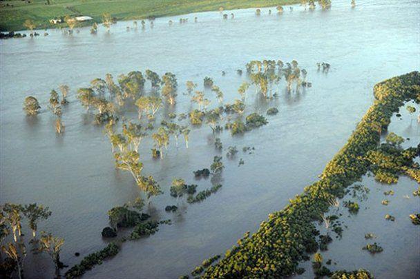 Австралия страдает от наводнений