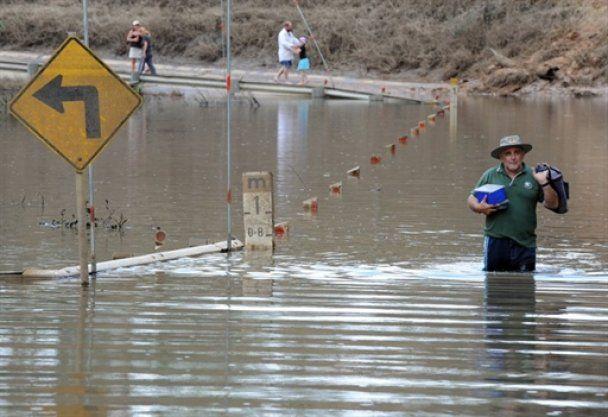 """""""Біблійний потоп"""" в Австралії - 200 тисяч евакуйовані, є жертви"""