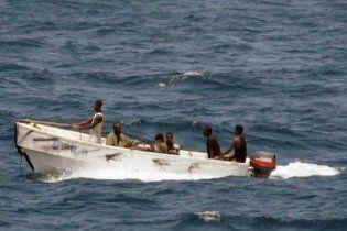 С захваченного сомалийскими пиратами судна сбежали моряки, скорее всего, украинцы