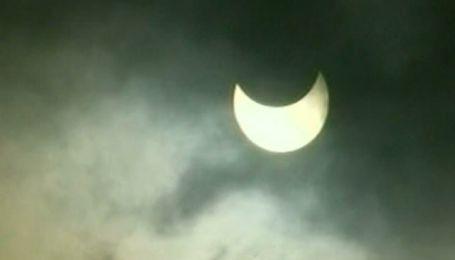 На Земле прошло первое в 2011 году солнечное затмение