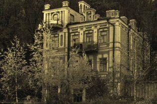 Київрада: будівництво на місці знесеного старовинного особняка незаконне