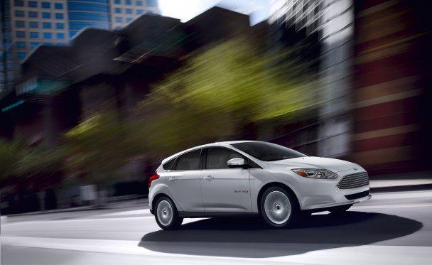 Ford представив свій перший електромобіль