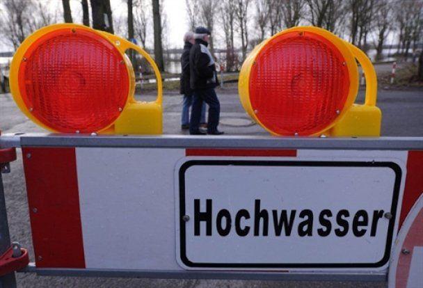 Найбільші річки Німеччини вийшли з берегів, є перші жертви